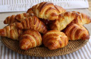 Faire son croissant team building paris insolite